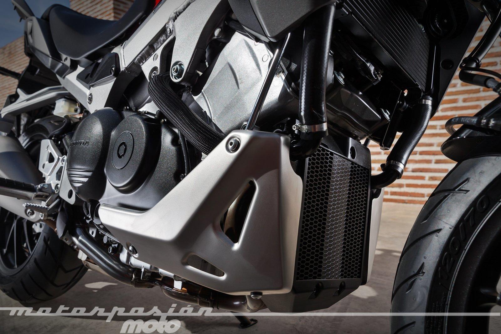 Foto de Honda VFR800X Crossrunner - Detalles (34/56)
