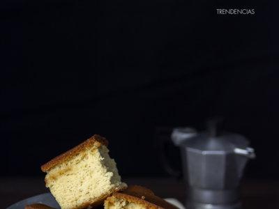 ¡Es hora de encender el horno! Receta de bizcocho de avellana, ron y galletas maría