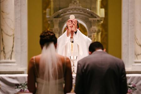 La imparable decadencia del matrimonio católico: del 70% al 20% del total en apenas dos décadas
