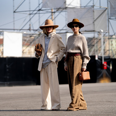 El sombrero de ala ancha es lo más y el street style nos inspira para llevarlo con siete looks diferentes