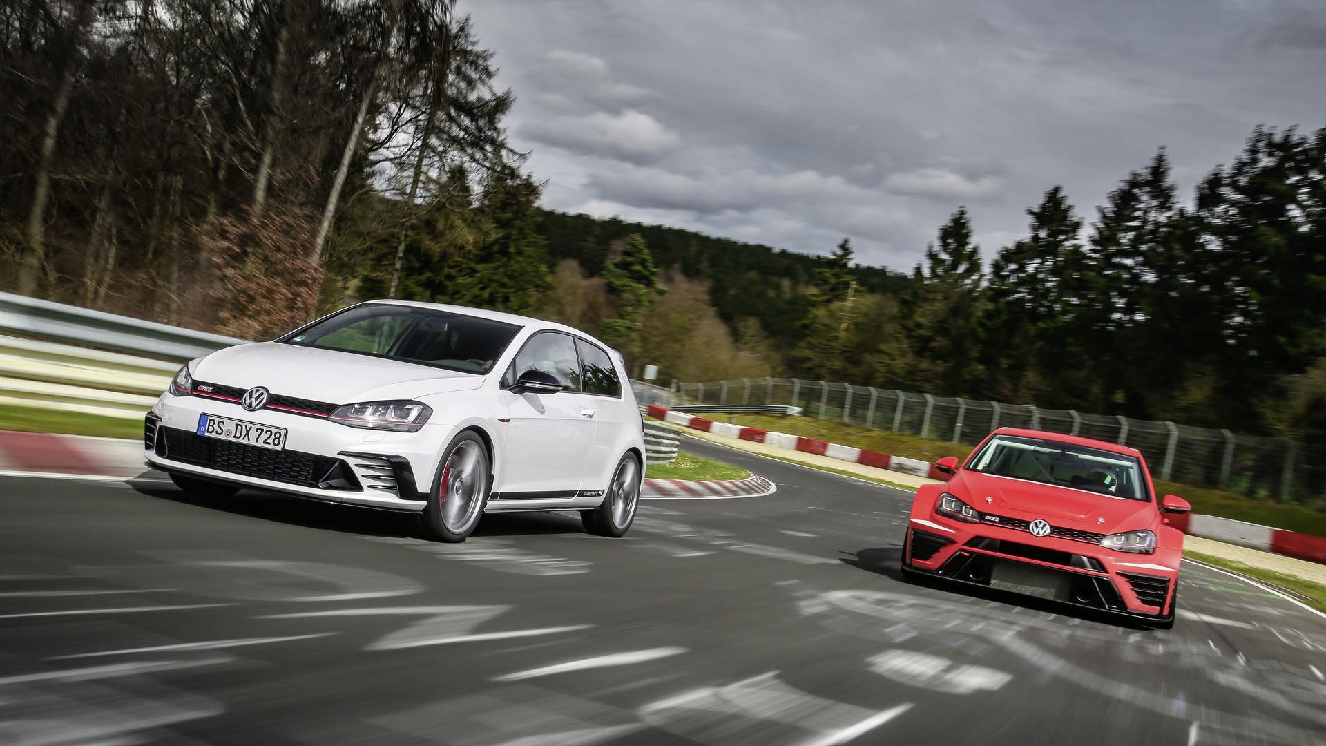 Foto de Volkswagen Golf GTI Clubsport S (27/36)
