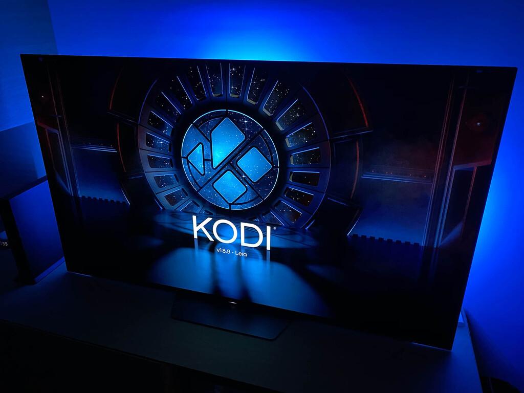 Cómo mejorar Kodi en un televisor con Android TV añadiendo add-ons (complementos) desde la propia aplicación