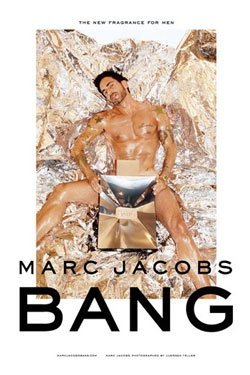 Marc Jacobs protagoniza desnudo la campaña de su perfume Bang