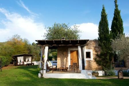 Calentando motores para verano: los 5 hoteles rurales de Ibiza que han de estar en tu radar