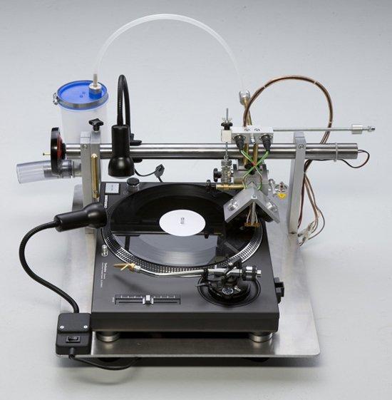 vinylrecorder.jpg