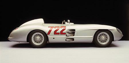 Mercedes 300 SLR Stirling Moss lateral