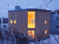 Puertas abiertas: casa caja, sin miedo a las alturas