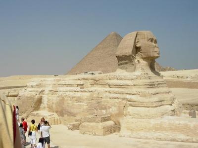 La Esfinge y la pirámide de Micerinos están como nuevas