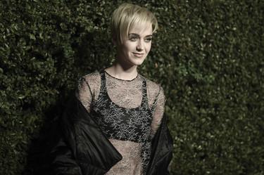 Alfombra roja de celebrities para celebrar que la moda tiene nuevo ojito derecho, el bolso Gabrielle de Chanel