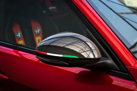 Alfa Romeo Giulia Gta 12