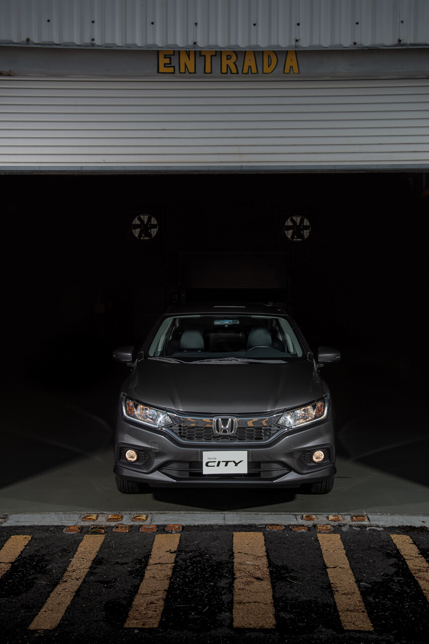 Foto de Honda City Iron Edition 2020 (14/15)