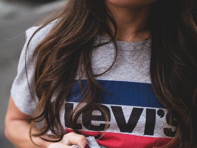 Esta es la camiseta más deseada (o viral) del momento, ¿la tienes ya?