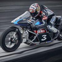 Max Biaggi tratará de superar con su Voxan Wattman el récord de velocidad para una moto eléctrica, los 366,4 km/h