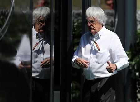 Bernie Ecclestone no se olvida de la F1, ¡y ahora quiere comprar Silverstone!