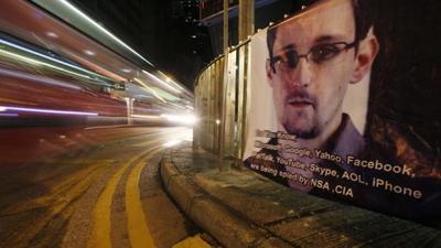 Snowden y la trama de espionaje en EEUU tendrán libro en 2014