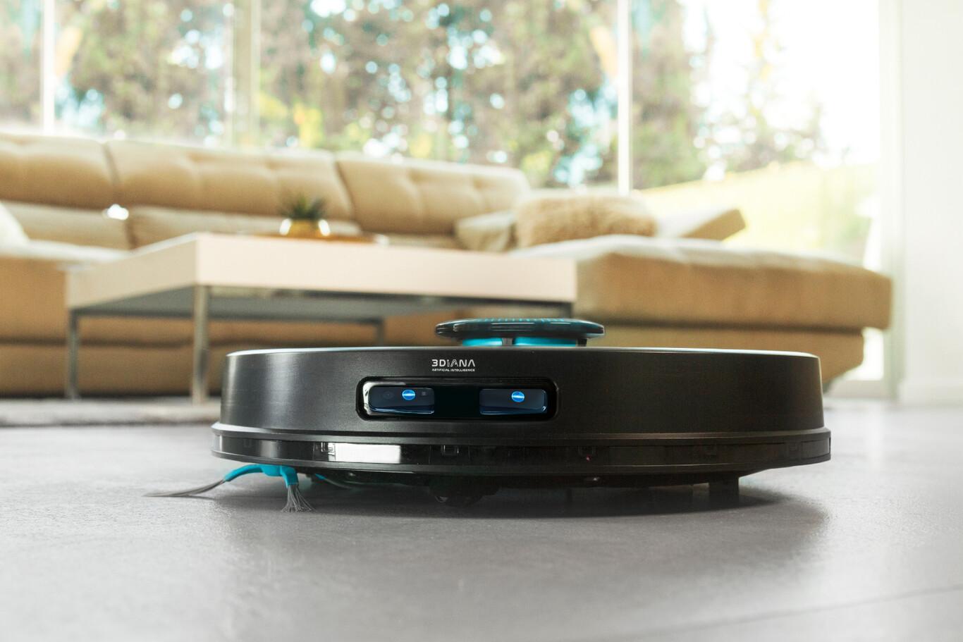 Cecotec Conga 7090: el nuevo robot aspirador tiene cámara e inteligencia artificial para detectar objetos