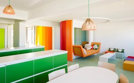 Una casa llena de color (y de luz) en el corazón de París