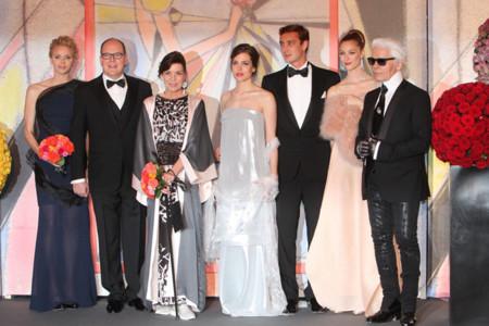 La Casa Real Monegasca se viste de gala en el tradicional Baile de la Rosa