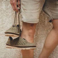 Un zapato casual de El Naturalista para reivindicar la tierra