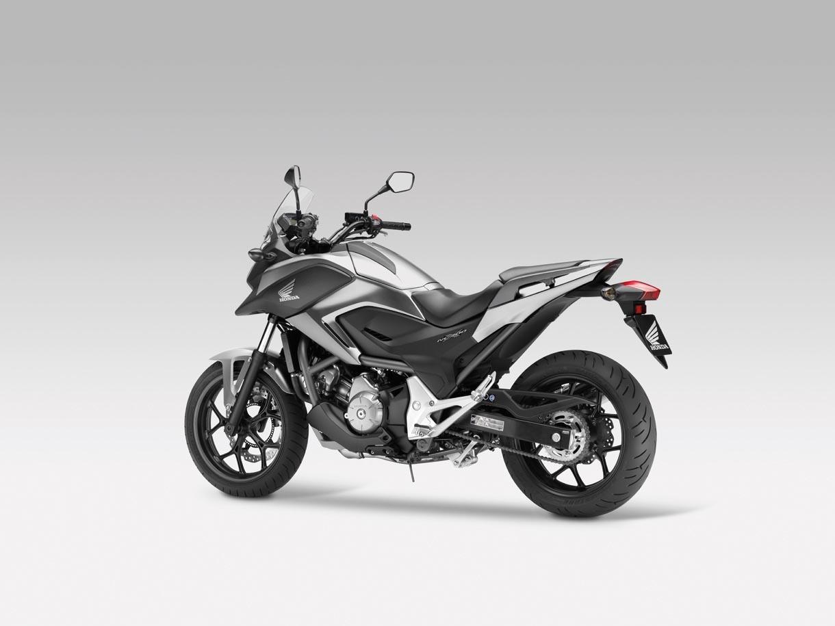 Foto de Honda NC700X, Crossover significa moto para todo (7/15)
