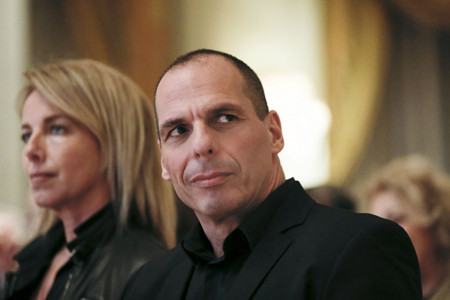 Es posible que la mujer de Varoufakis sea la protagonista de 'Common People' (y que no lo sea)