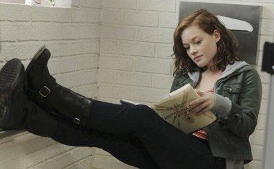 'Fuera de lugar' ('Suburgatory') se estrena el 13 de enero en Cosmopolitan