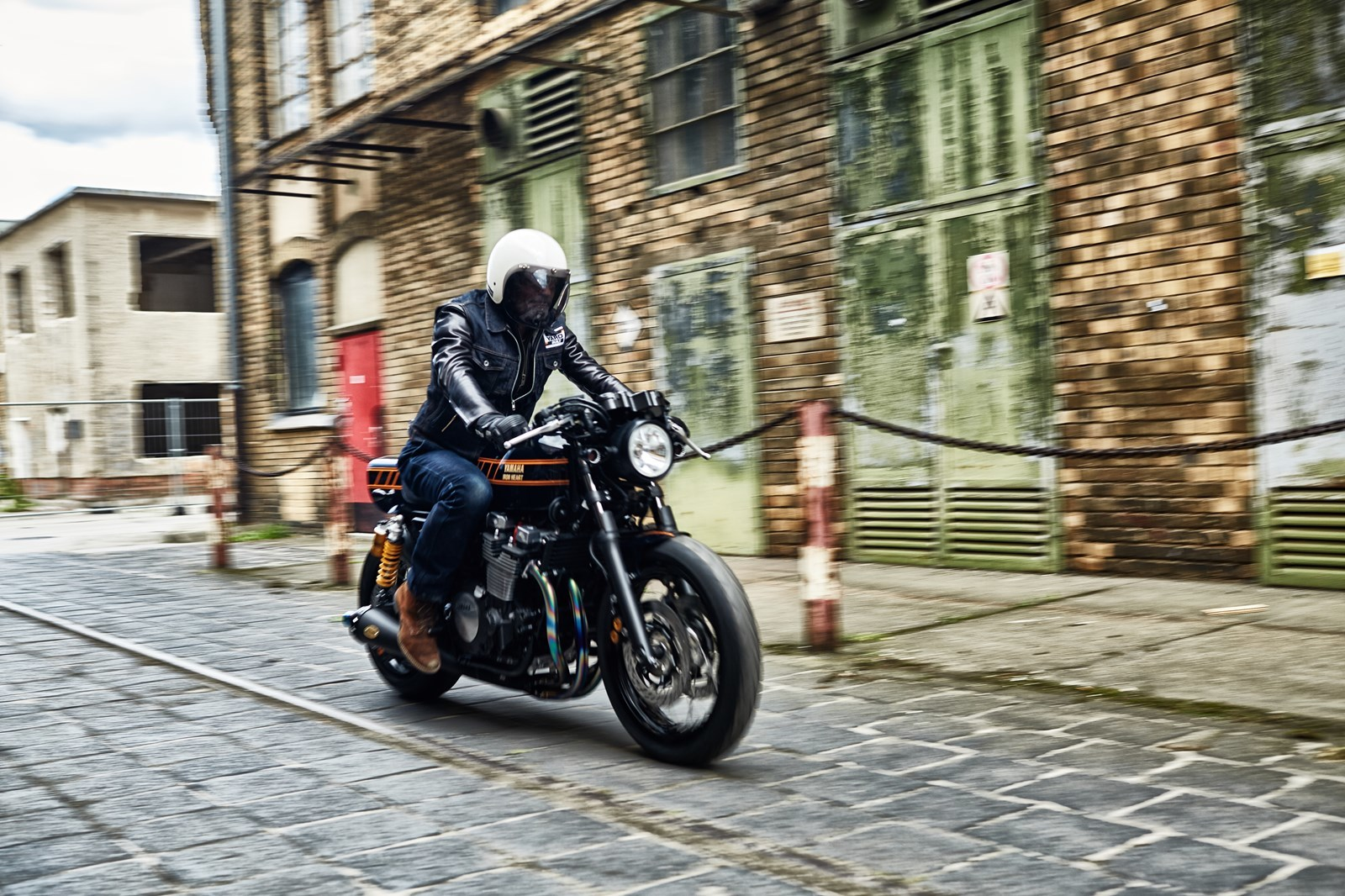 Foto de Yamaha XJR1300 Iron Heart (1/27)