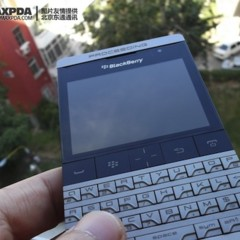 Foto 20 de 39 de la galería blackberry-bold-9980-knight-nueva-serie-limitada-de-blackberry-de-gama-alta en Xataka Móvil