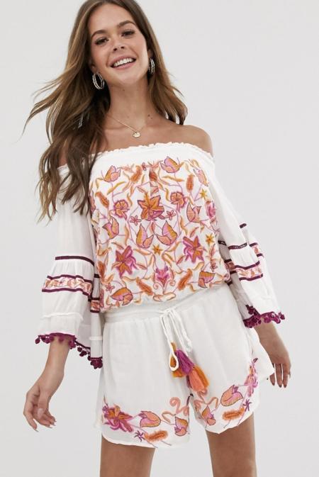Mono Asos3Mono corto con escote Bardot y bordados First Bloom de Raga