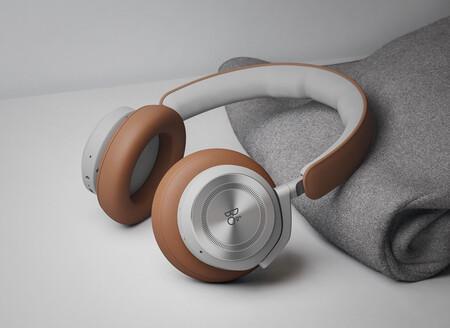 Bang & Olufsen Beoplay HX: la última generación de cancelación de ruido de la casa activa envuelta en cuero y aluminio reciclado