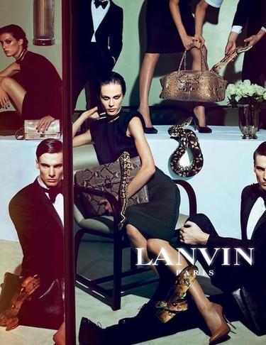 Lanvin Primavera-Verano 2012: una campaña no apta para aquellos con fobia a las serpientes