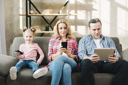 Vuelta al cole de Movistar, Orange y Vodafone: grandes descuentos en fútbol, cine y series, pero también en fibra y móvil low cost