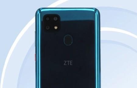 El ZTE Blade V20 se filtra desde la TENAA y muestra su cámara triple y sus 5.000 mAh de batería
