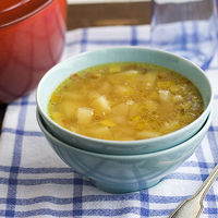 Receta de sopa de puerro y patata