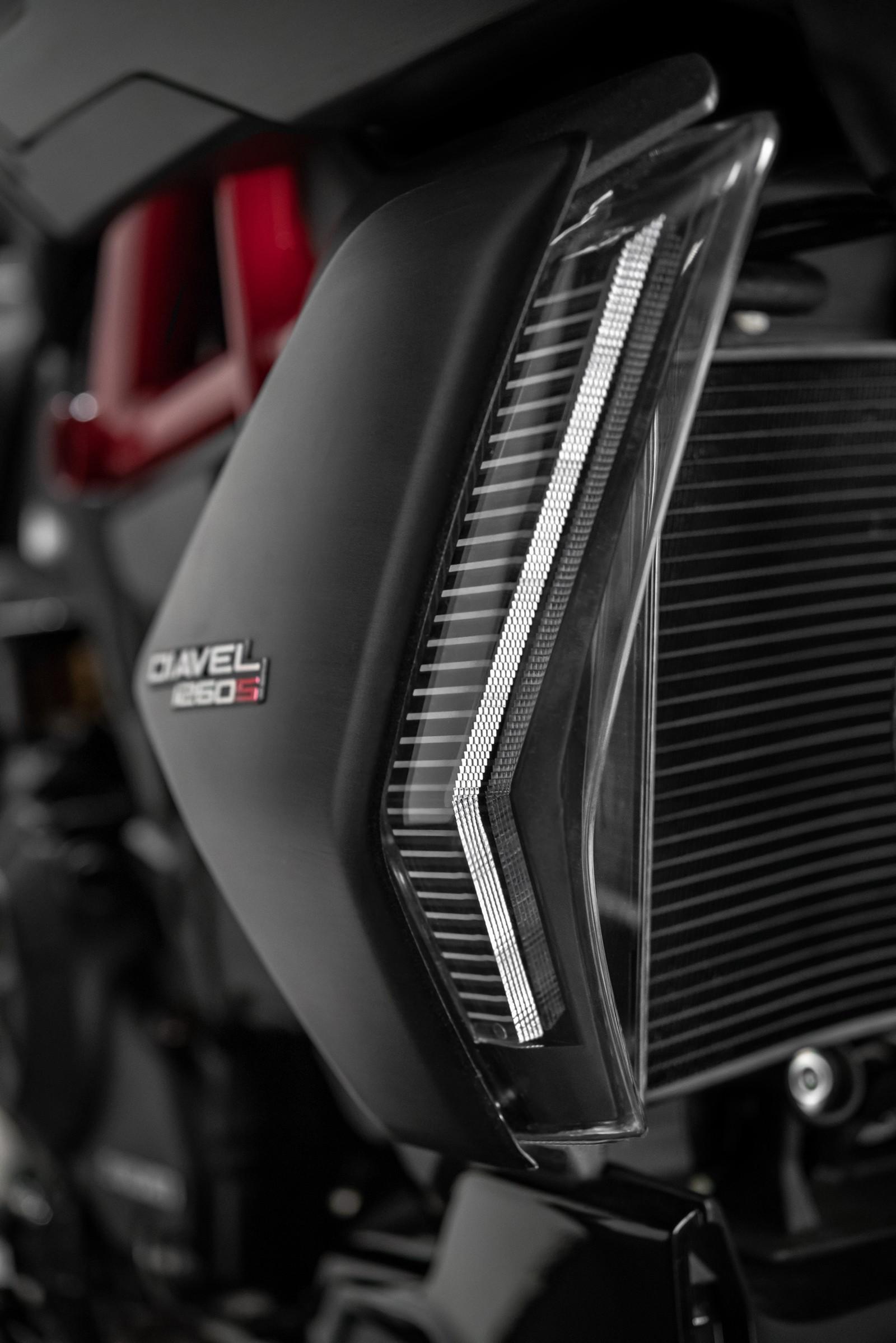 Foto de Ducati Diavel 2019 (46/50)
