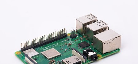 Llega la nueva Raspberry Pi 3 Model B+: mismo precio, pero más velocidad y WiFi de doble banda