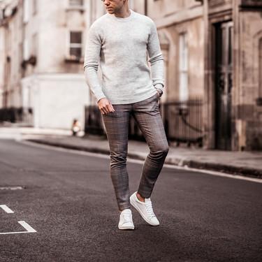Cinco looks que demuestran que el pantalón a cuadros te salvará todos los días de otoño