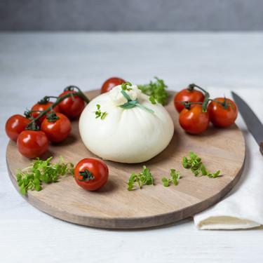 Mozzarella, burrata, stracciatella... Qué son y en qué se diferencian los grandes quesos frescos italianos