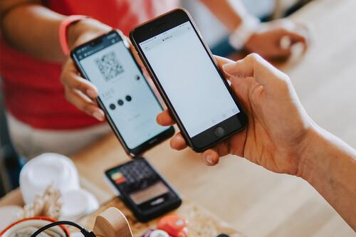 Seis maneras de pagar con el móvil si no tienes NFC