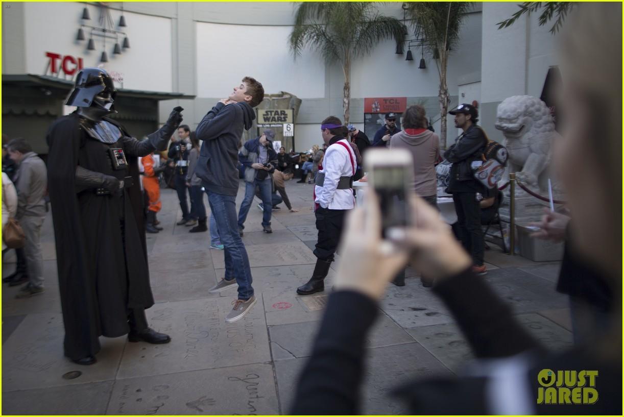 Foto de 'Star Wars: El despertar de la fuerza', fotos de la premiere mundial (27/28)