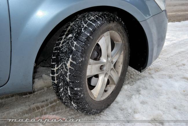 Kia Cee'd con neumáticos de invierno Dunlop SP Winter Sport 4D