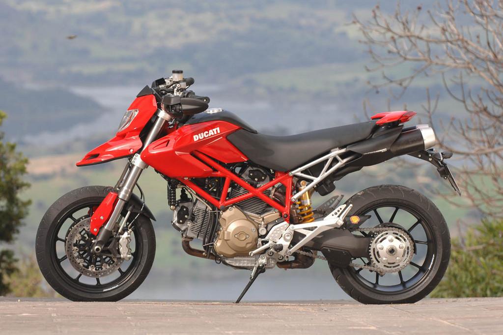 Foto de Ducati Hypermotard (2/27)