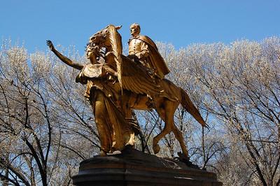 Tierra de osos, hadas y ángeles. Mapa de las estatuas del Central Park de Nueva York.