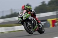 Superbikes Alemania 2013: Tom Sykes vence tras una bandera roja y acecha a Sylvain Gintoli