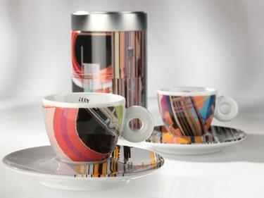 Juego de café para urbanitas diseñado por Liu Wei para Illy