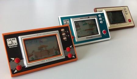 """Game & Watch: cómo fueron las primeras """"maquinitas"""" de Nintendo que arrancaron el imperio de las consolas portátiles"""