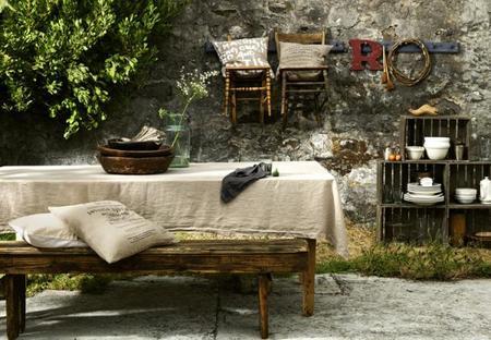 Crea una terraza o jard n de aspecto r stico vintage para for Jardines rusticos campestres
