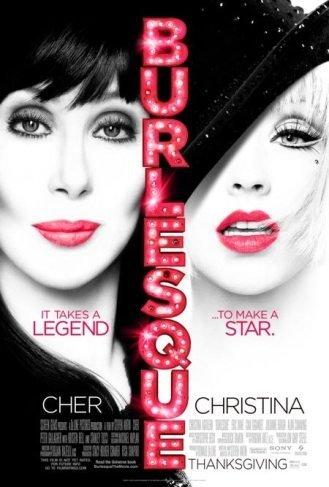 Miley Cyrus se pringa con Christina Aguilera
