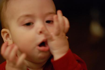 No se deben dar jarabes para la tos sin receta (y sin consejo profesional) médica a niños menores de seis años