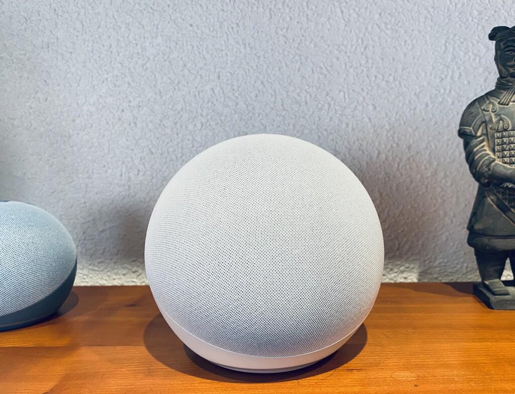 Echo, análisis: no es solo un altavoz inteligente con sonido sorprendente, es el
